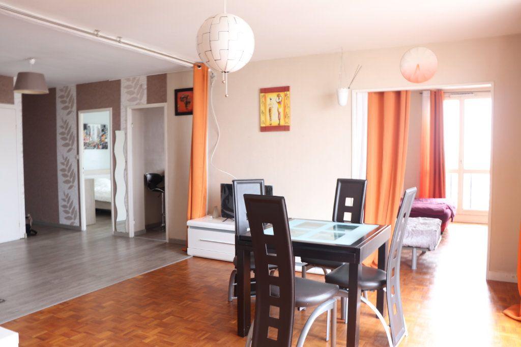 Appartement à vendre 4 88.28m2 à Nantes vignette-2