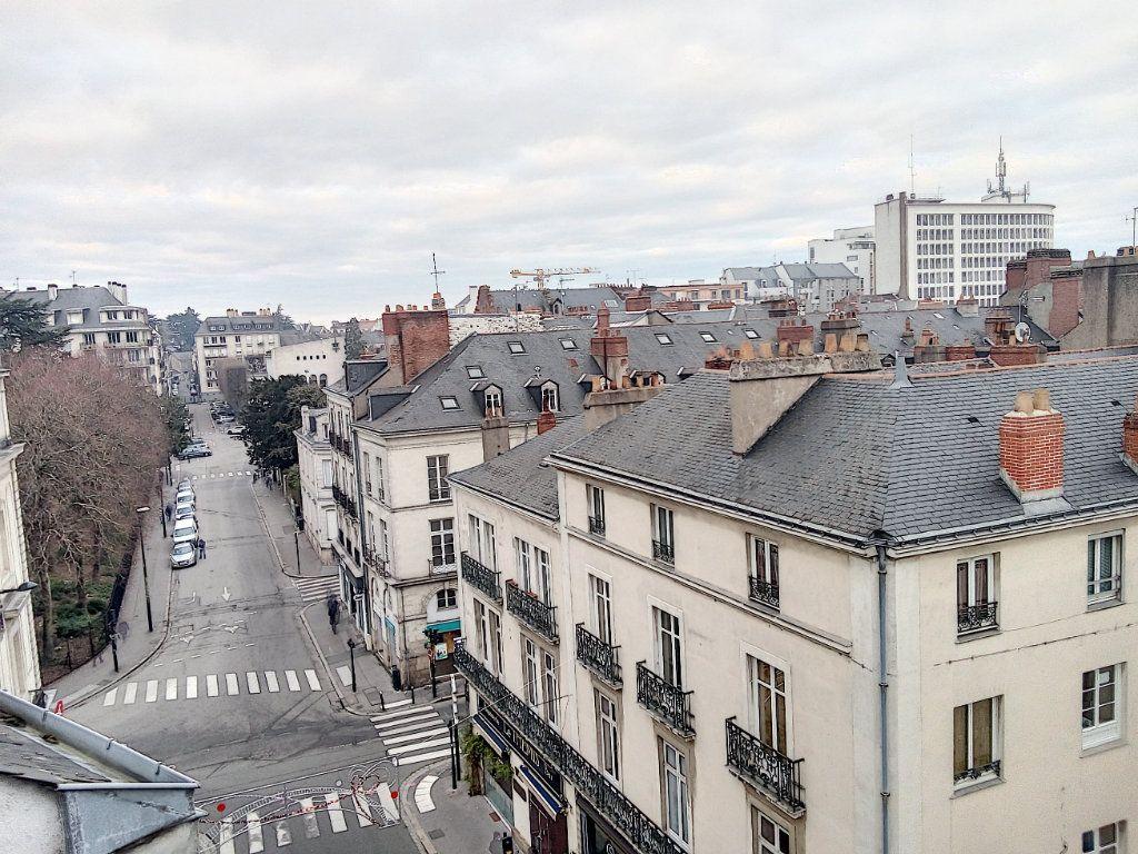 Appartement à louer 1 31.21m2 à Nantes vignette-2