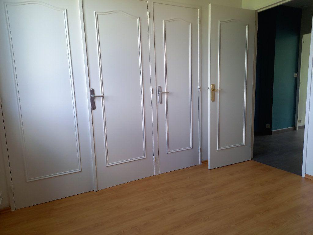 Appartement à louer 2 47.21m2 à Nantes vignette-4