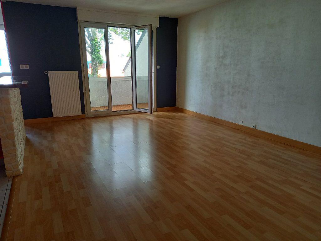 Appartement à louer 3 65.7m2 à Nantes vignette-5