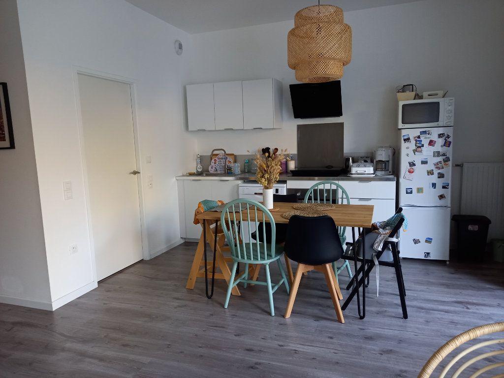 Maison à louer 4 82.2m2 à Saint-Herblain vignette-6
