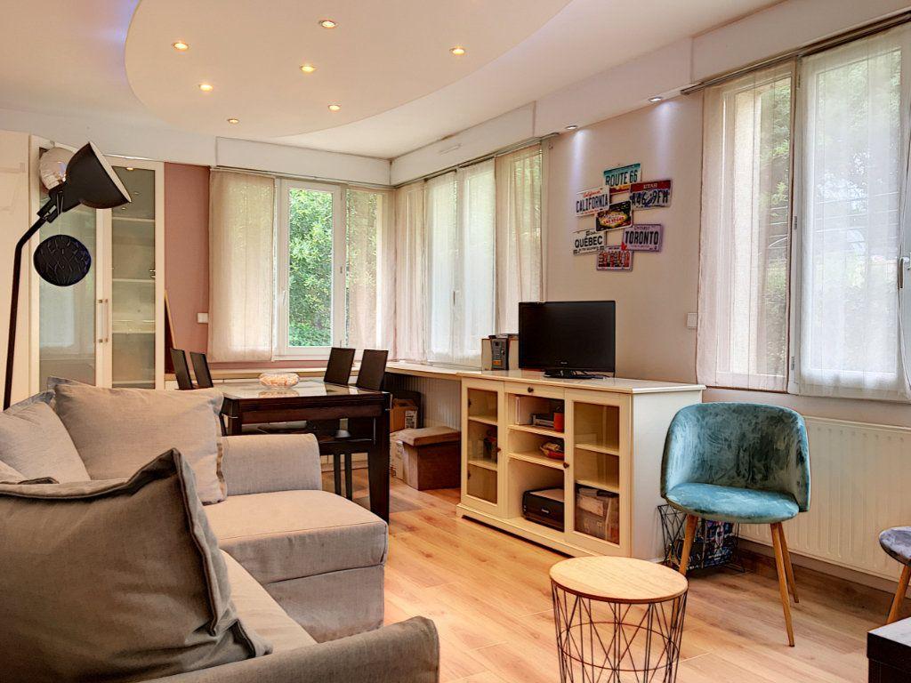 Appartement à vendre 2 48.26m2 à Nantes vignette-1