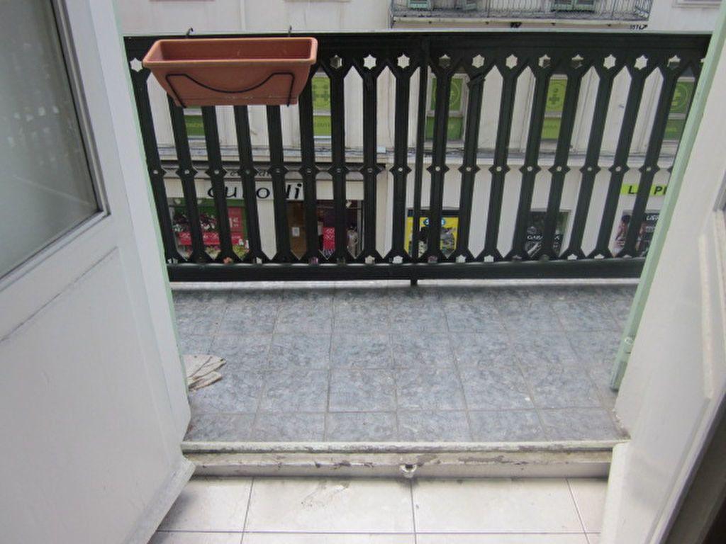 Appartement à vendre 3 65m2 à Nice vignette-5