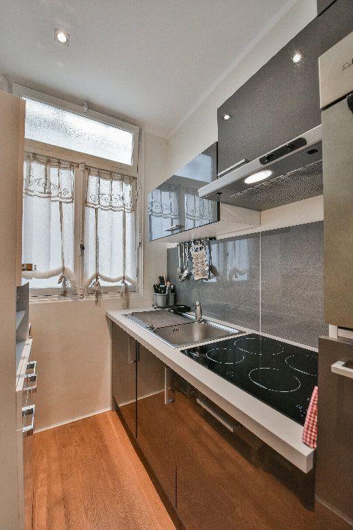 Appartement à vendre 3 68.7m2 à Nice vignette-5