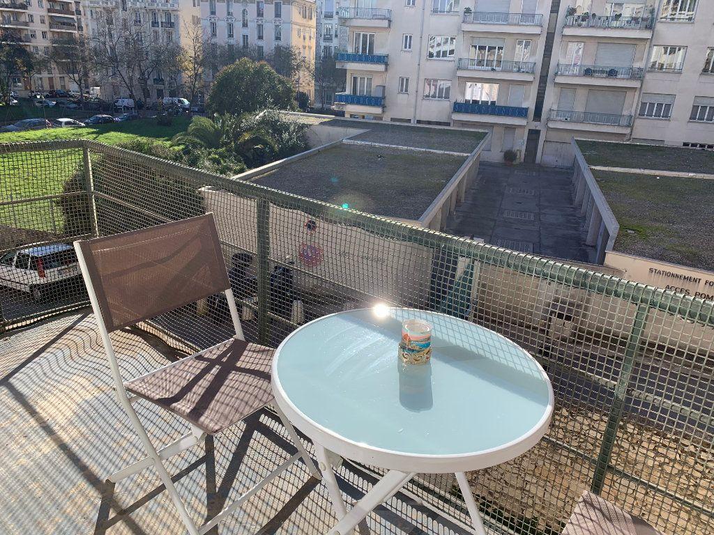 Appartement à vendre 2 44.89m2 à Nice vignette-5