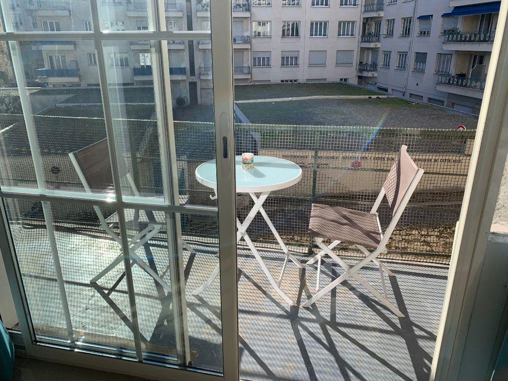 Appartement à vendre 2 44.89m2 à Nice vignette-7