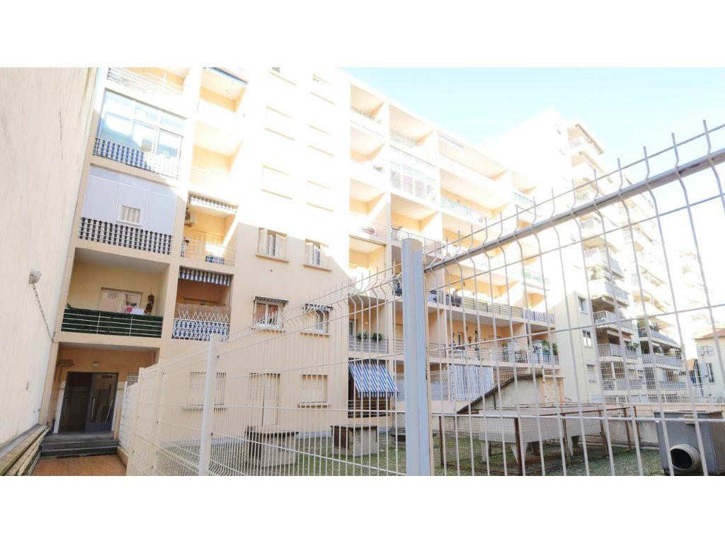 Appartement à vendre 3 41.69m2 à Nice vignette-7