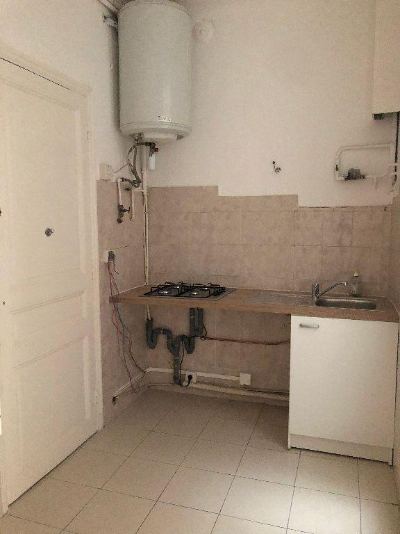 Appartement à louer 3 64.61m2 à Nice vignette-5