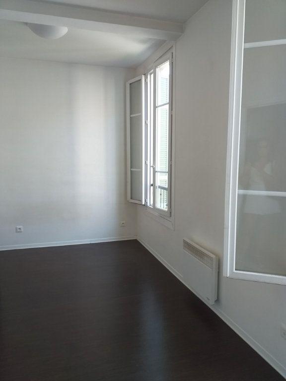 Appartement à louer 1 17.02m2 à Nice vignette-2