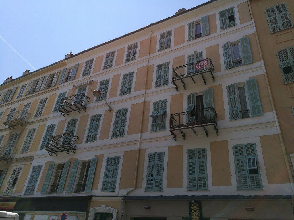 Appartement à louer 2 35.16m2 à Nice vignette-9