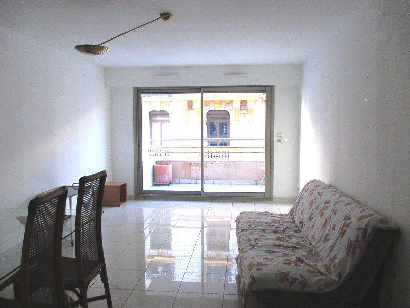 Appartement à vendre 2 55.79m2 à Nice vignette-2
