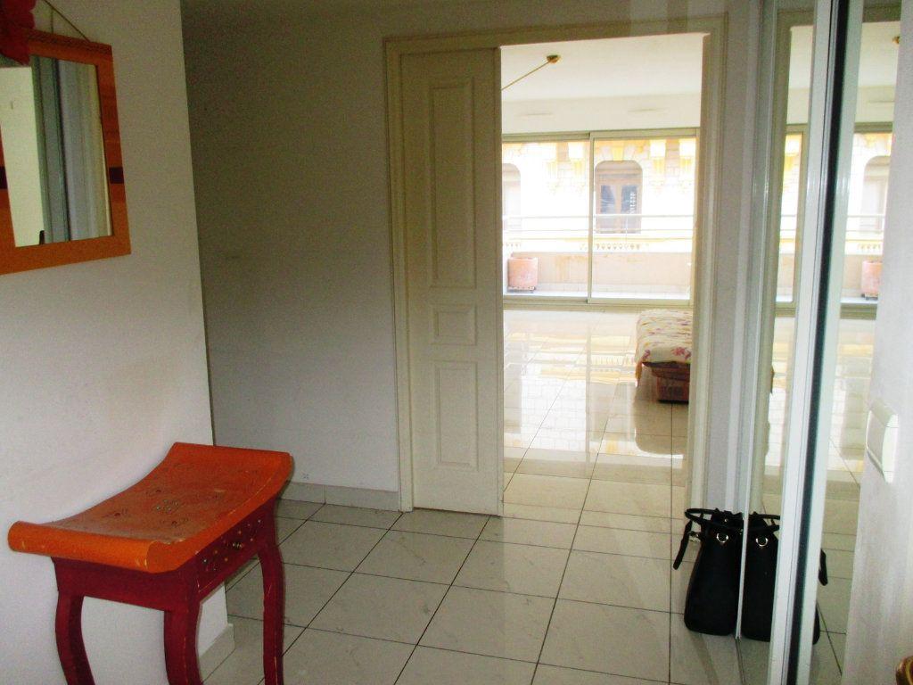 Appartement à vendre 2 55.79m2 à Nice vignette-4