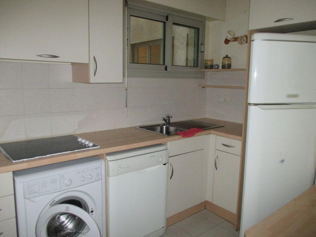 Appartement à vendre 2 55.79m2 à Nice vignette-5