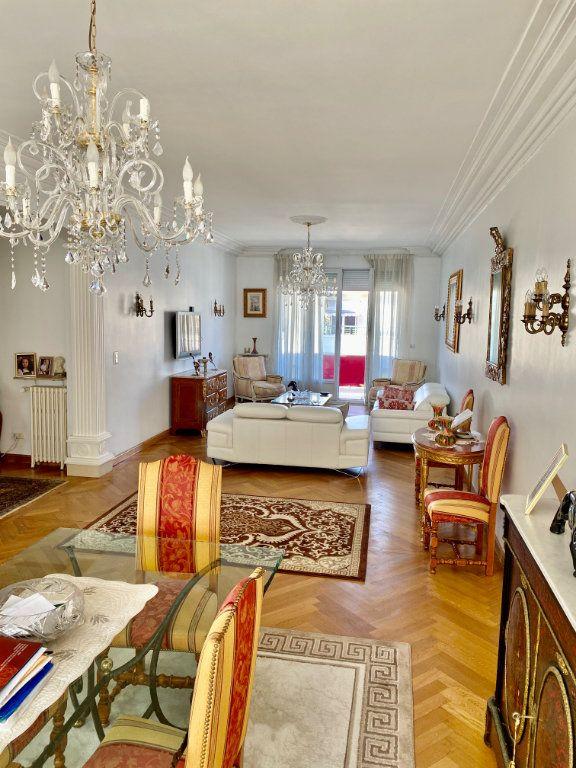 Appartement à vendre 3 120.63m2 à Nice vignette-1