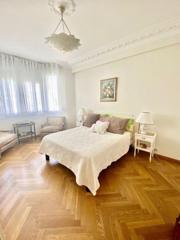 Appartement à vendre 3 120.63m2 à Nice vignette-3