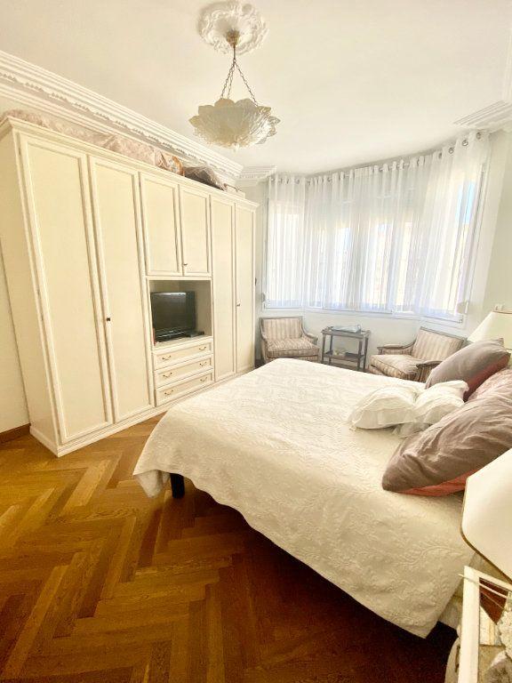 Appartement à vendre 3 120.63m2 à Nice vignette-4