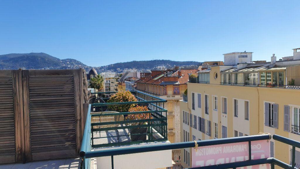 Appartement à vendre 2 35m2 à Nice vignette-2