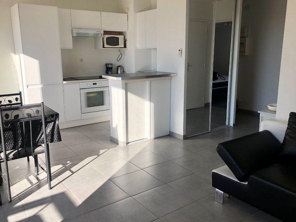 Appartement à louer 2 36.52m2 à Nice vignette-1