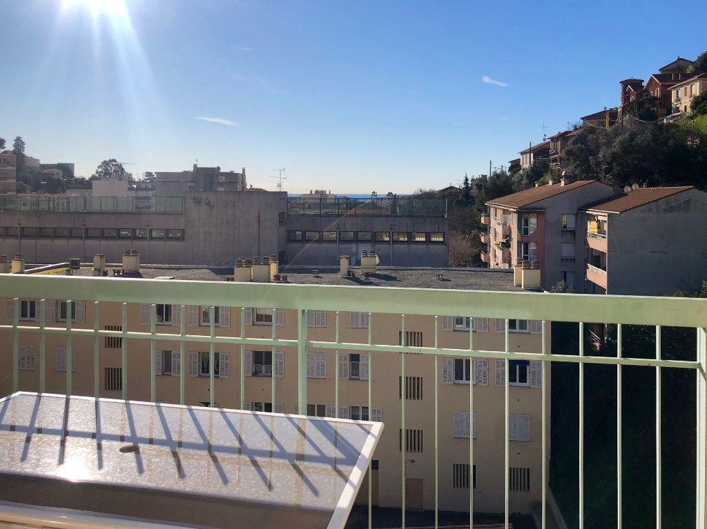 Appartement à louer 2 36.52m2 à Nice vignette-2