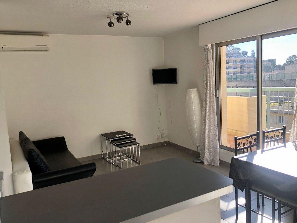 Appartement à louer 2 36.52m2 à Nice vignette-9