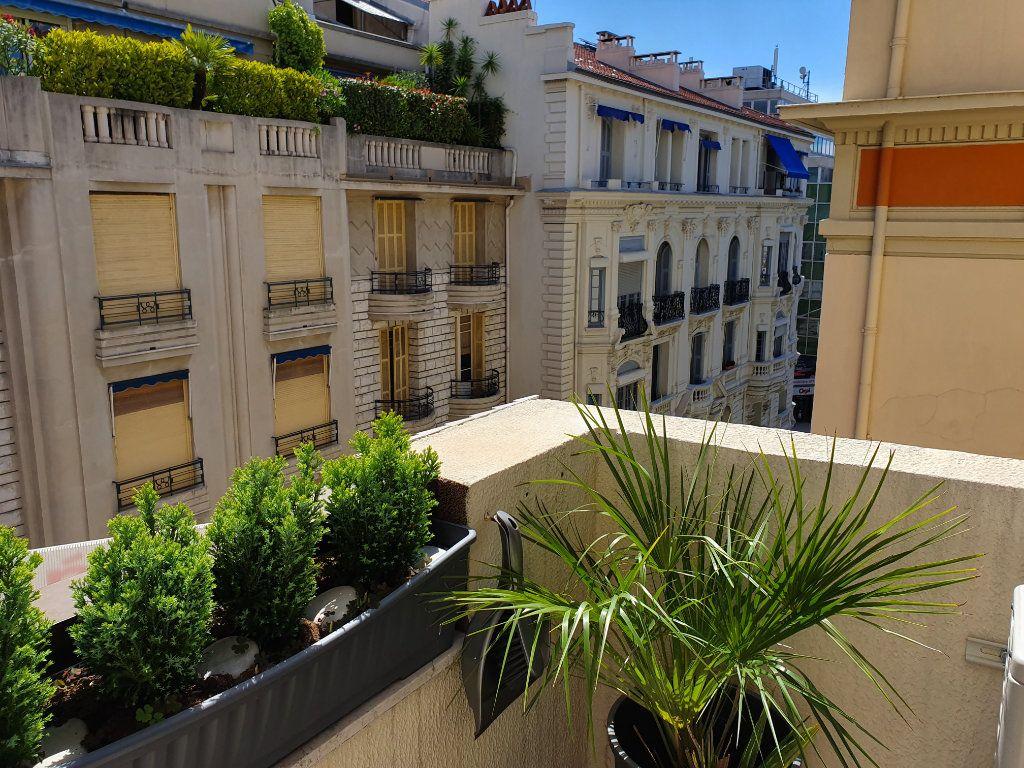 Appartement à vendre 2 39.42m2 à Nice vignette-9