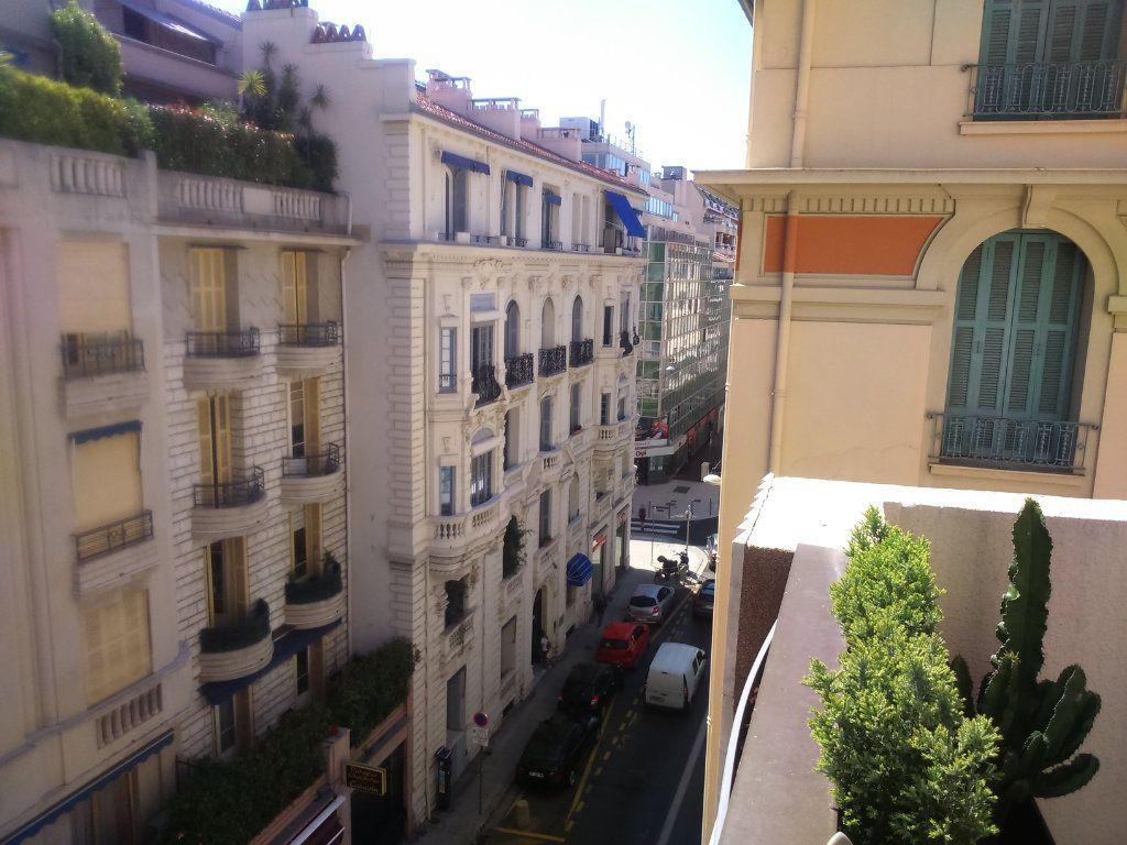 Appartement à vendre 2 39.42m2 à Nice vignette-10