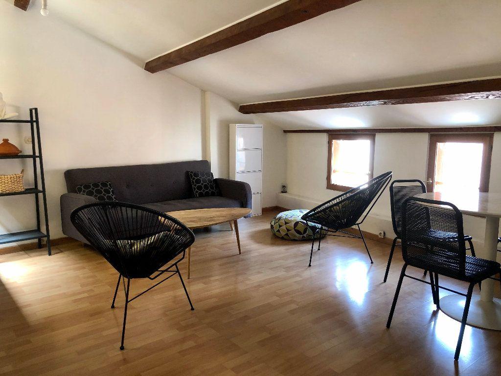 Appartement à louer 1 26.17m2 à Nice vignette-2