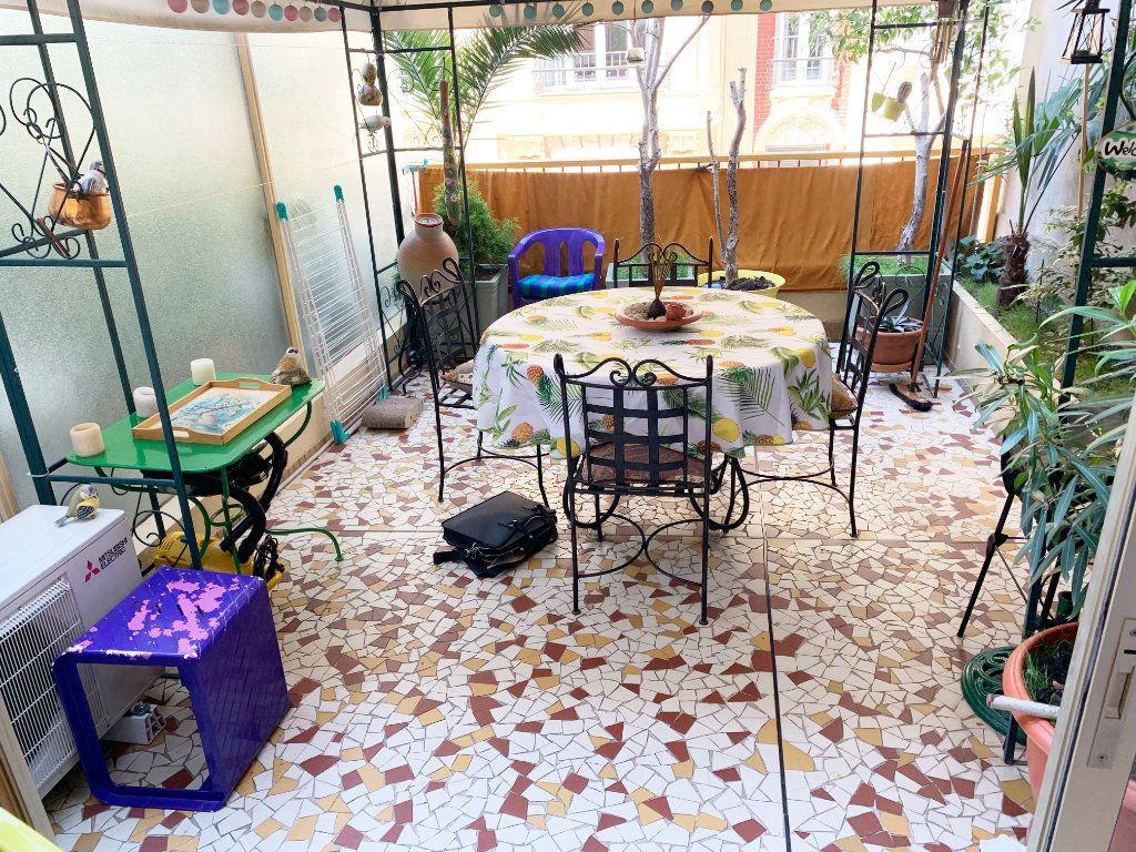 Appartement à vendre 2 36m2 à Nice vignette-4