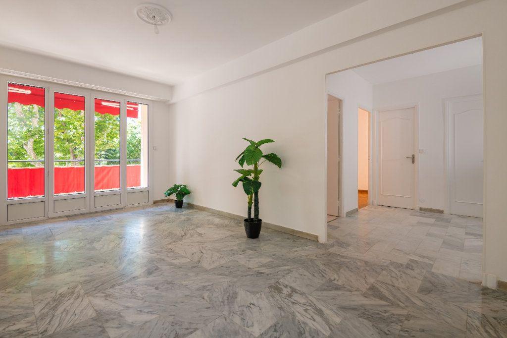 Appartement à vendre 2 60m2 à Nice vignette-1