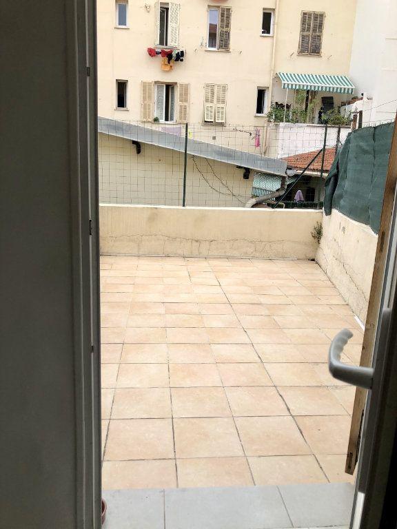 Appartement à louer 2 25.15m2 à Nice vignette-1