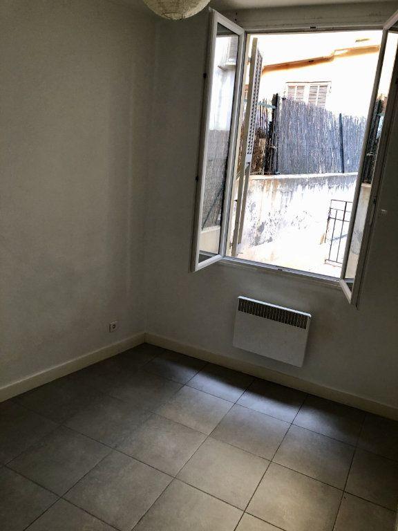 Appartement à louer 2 25.15m2 à Nice vignette-3