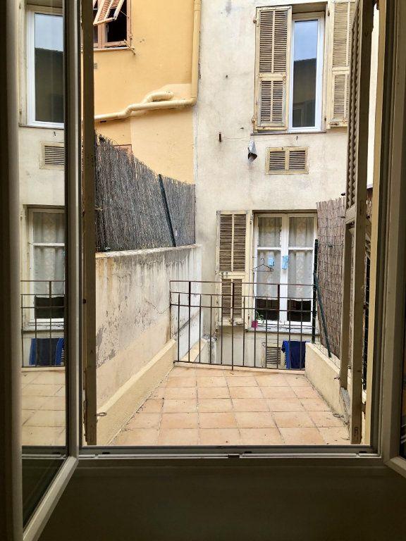 Appartement à louer 2 25.15m2 à Nice vignette-4