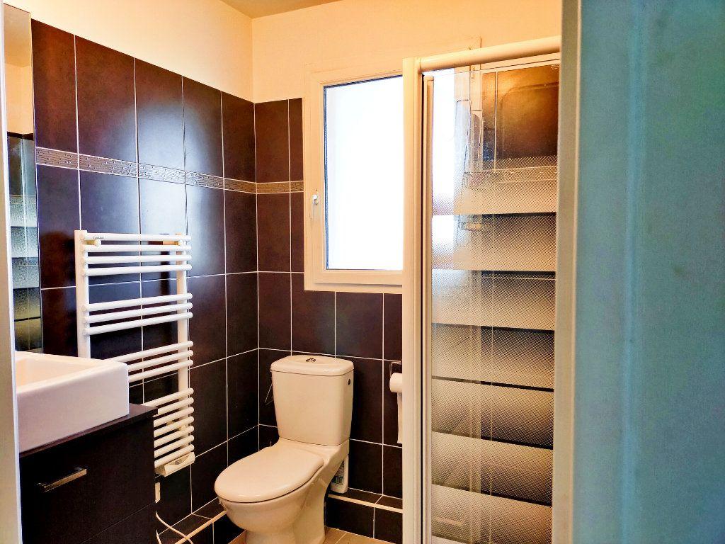 Appartement à vendre 2 42.02m2 à Nice vignette-9