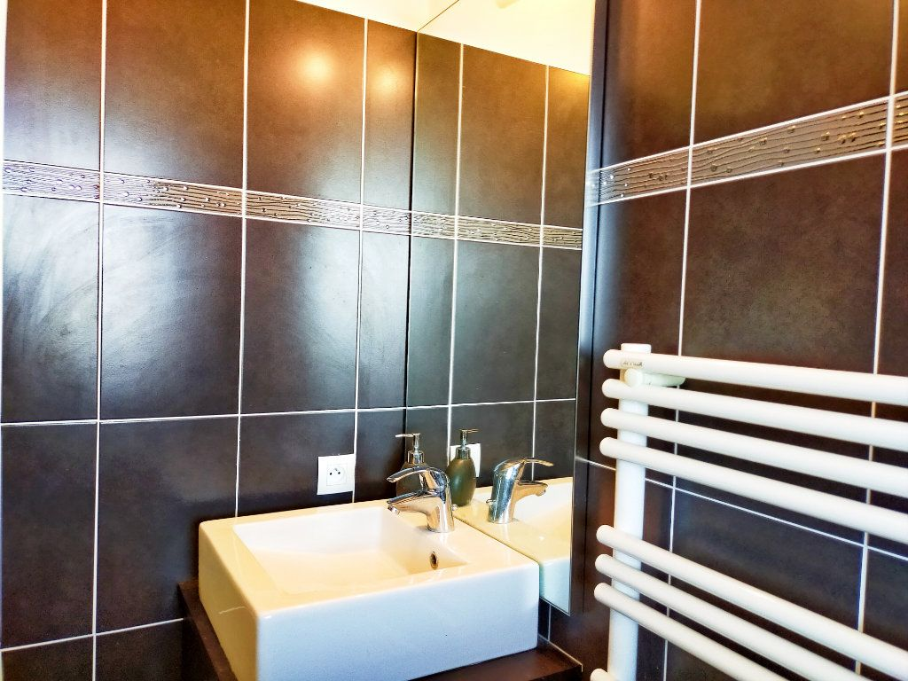 Appartement à vendre 2 42.02m2 à Nice vignette-10