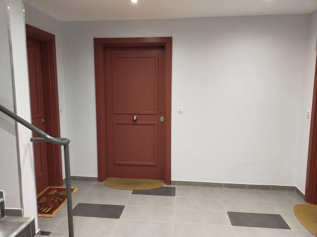 Appartement à vendre 2 42.02m2 à Nice vignette-17