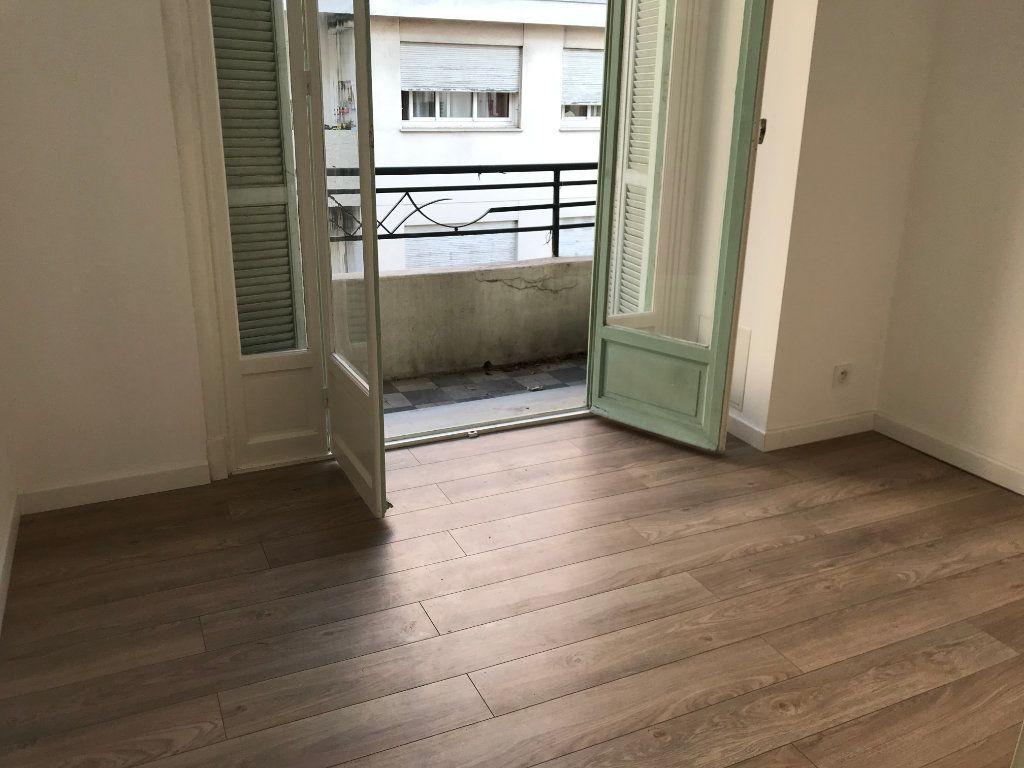 Appartement à vendre 2 30m2 à Nice vignette-5
