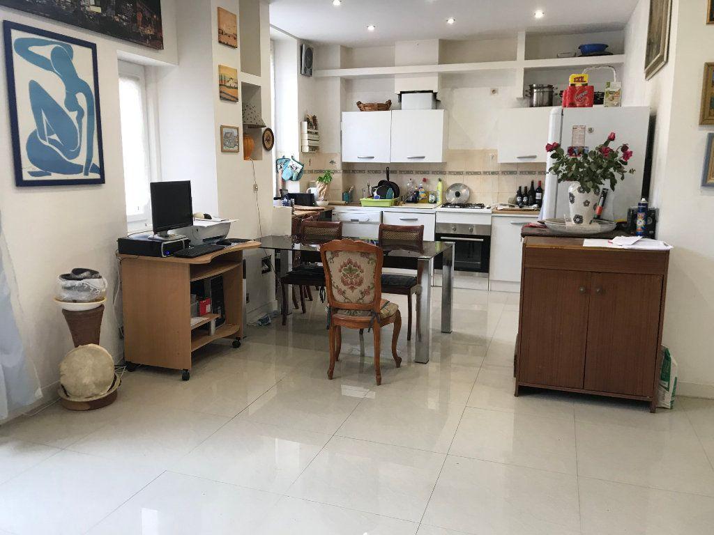 Appartement à vendre 4 89m2 à Nice vignette-1
