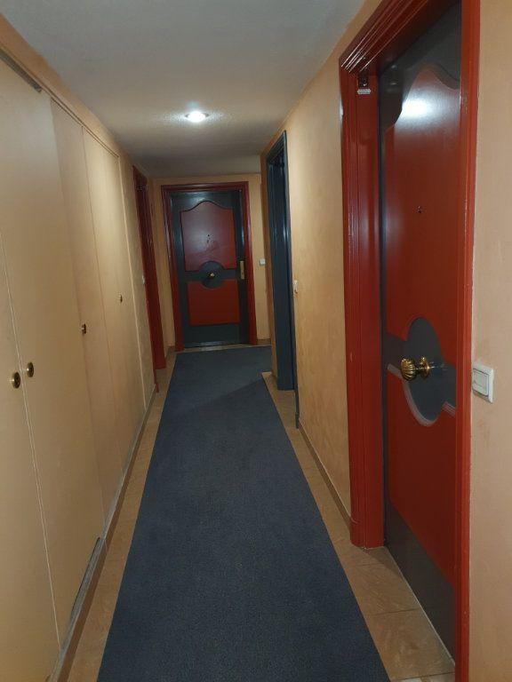 Appartement à louer 2 36m2 à Nice vignette-6
