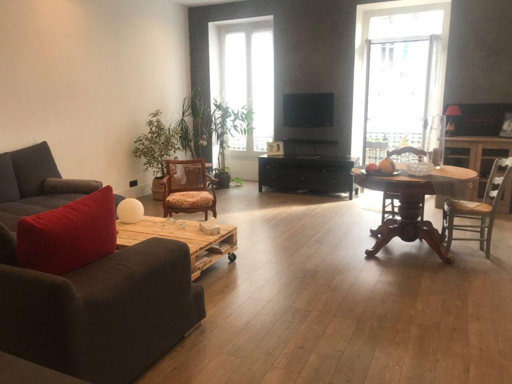 Appartement à vendre 4 90m2 à Nice vignette-4