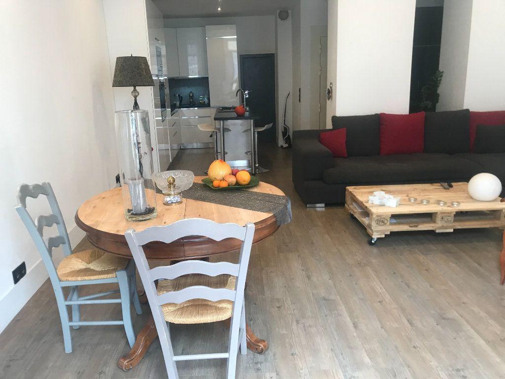 Appartement à vendre 4 90m2 à Nice vignette-5