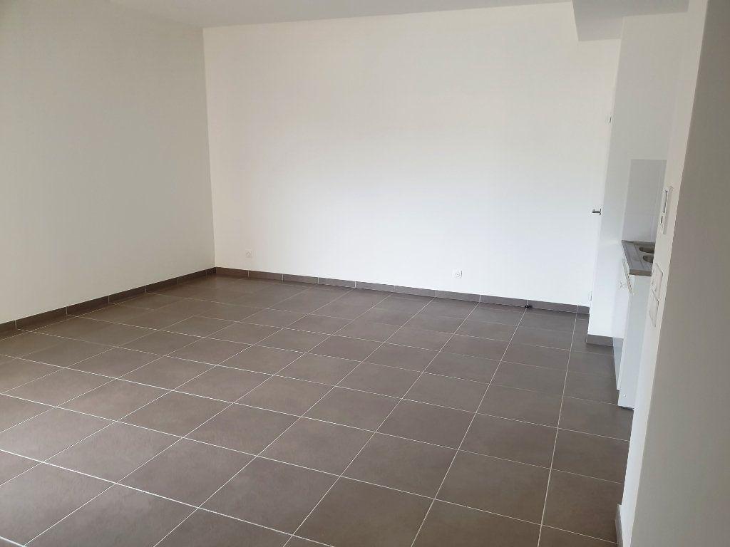 Appartement à vendre 2 48.51m2 à Nice vignette-1