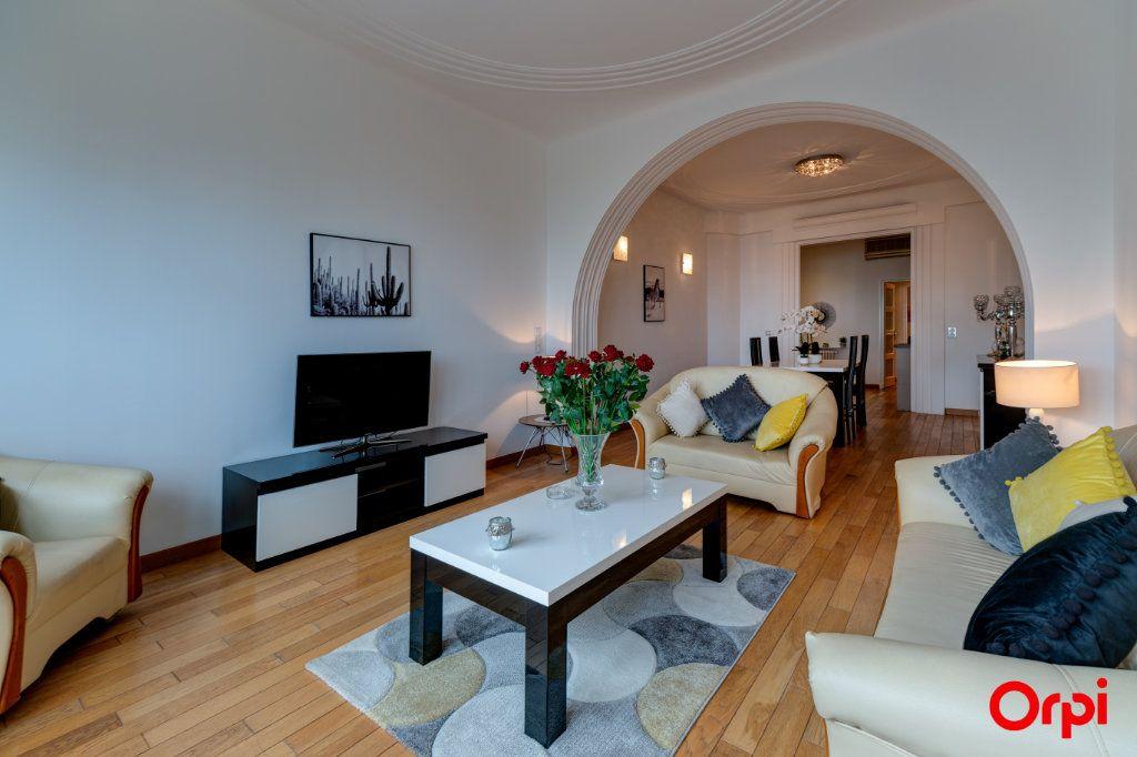 Appartement à vendre 3 102.27m2 à Nice vignette-3