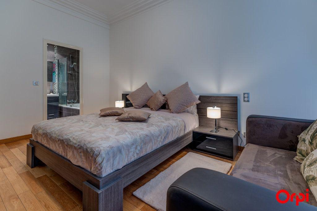 Appartement à vendre 3 102.27m2 à Nice vignette-10