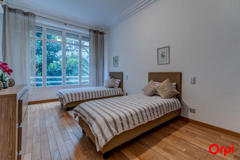 Appartement à vendre 3 102.27m2 à Nice vignette-11