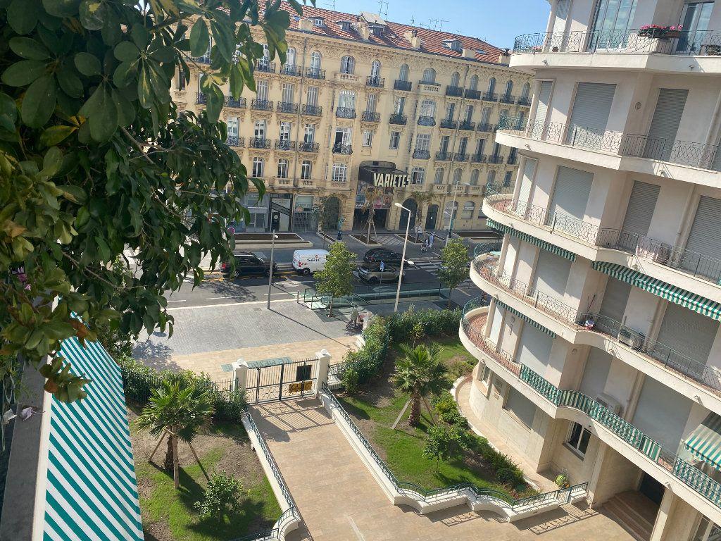 Appartement à vendre 3 83.93m2 à Nice vignette-1