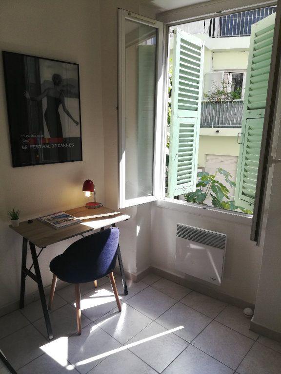 Appartement à louer 2 32.7m2 à Nice vignette-7