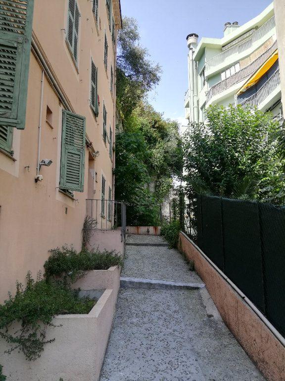 Appartement à louer 2 32.7m2 à Nice vignette-10