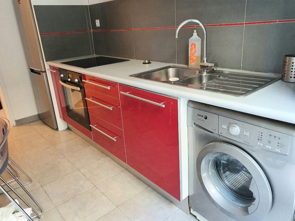 Appartement à louer 1 37m2 à Nice vignette-4