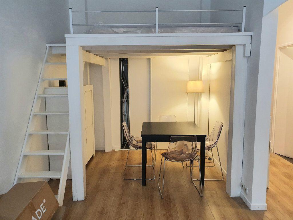 Appartement à louer 1 37m2 à Nice vignette-10
