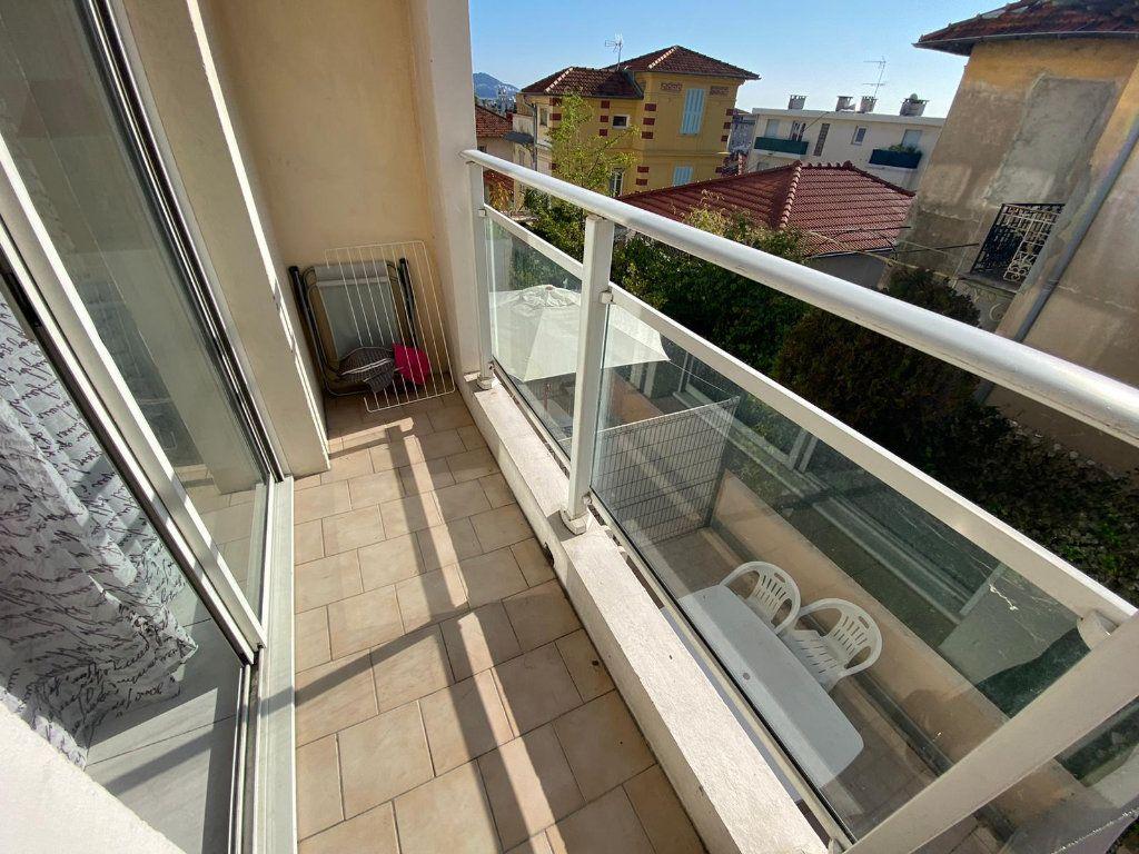 Appartement à vendre 1 16.25m2 à Nice vignette-1